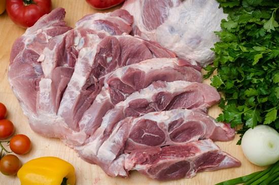 Свиная лопатка без кости (домашнее мясо) - фото 4944